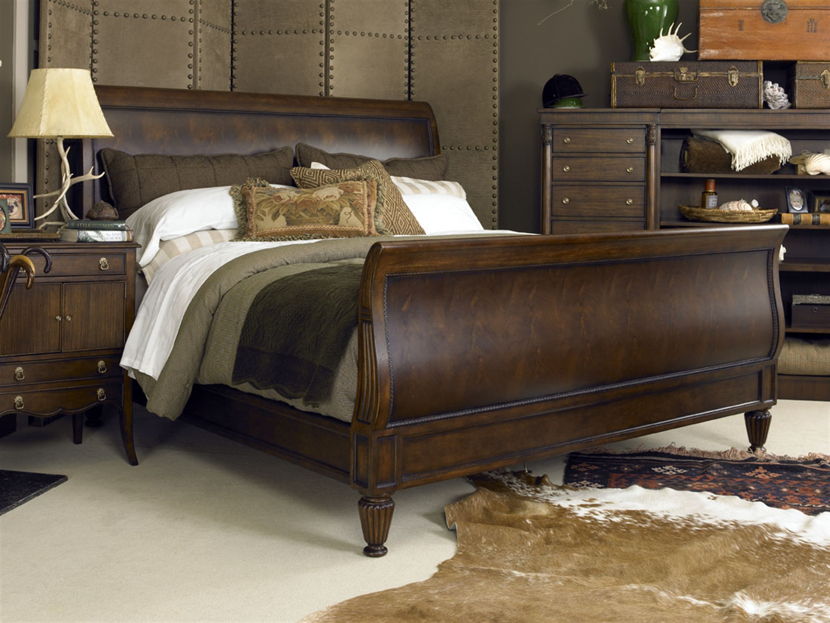 Chelsea Club Westbourne Sleigh Bed - King Size 6/6
